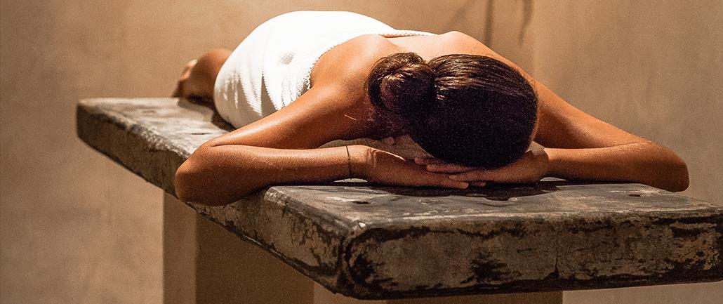 institut-spa-soins-massage-hammam-sanary-six-four-toulon-les-bains-de-lola-0-1030×433