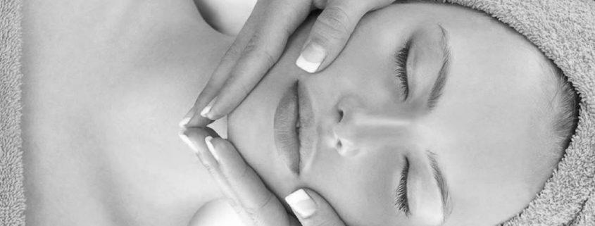 soin-sublime-skin-visage-sanary-six-four-toulon-les-bains-de-lola-0-1030x433